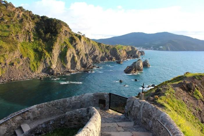 sehenswuerdigkeiten-Biskaya-costa-vasca-reisetipps-baskenland-reisetipps-spanien-Gaztelugatxe-halt