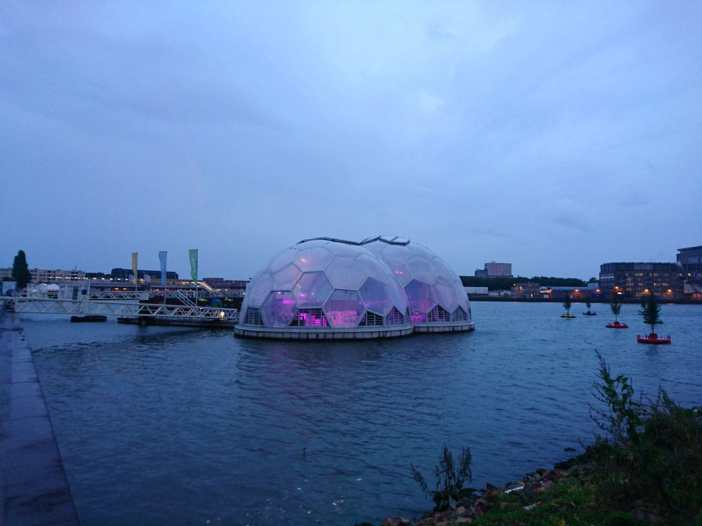 Was-muss-man-in-Rotterdam-gesehen-haben-Drijvend-Paviljoen