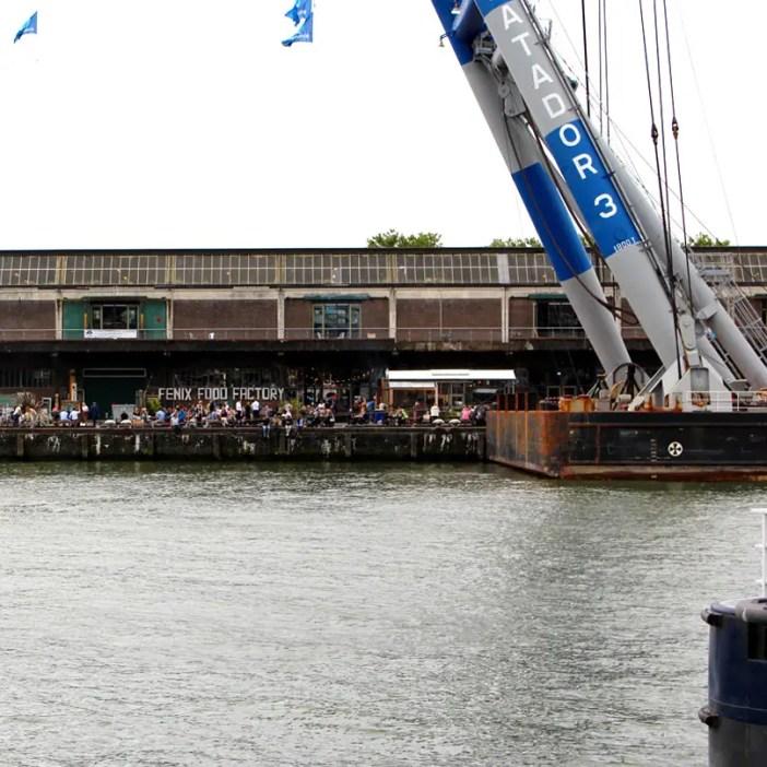 Was-muss-man-in-Rotterdam-gesehen-haben-feniz-food-factory-aussen
