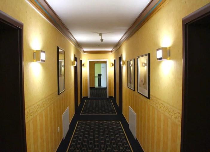 goebels-sophien-hotel-eisnach-hoteltipp-deutschland-thueringen-flur