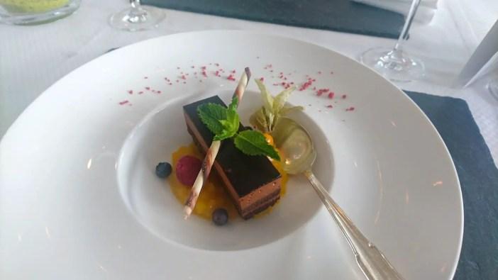 maritim-hotel-ulm-hoteltipp-deutschland-baden-wuerttemberg-restaurant-panorama-dessert