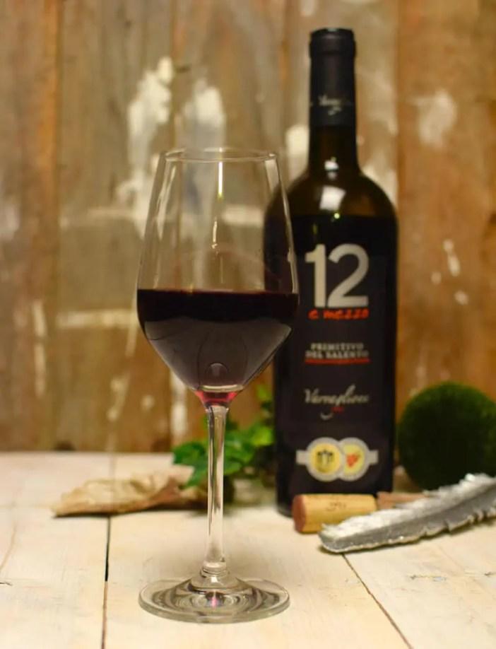 Varvaglione-12-e-mezzo-Primitivo-del-Salento-glas