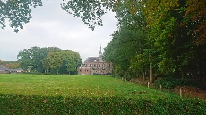 sehenswuerdigkeiten-breda-zundert-reisetipps-nordbrabant-reisetipps-niederlande-holland-abtei-Maria-Toevlucht