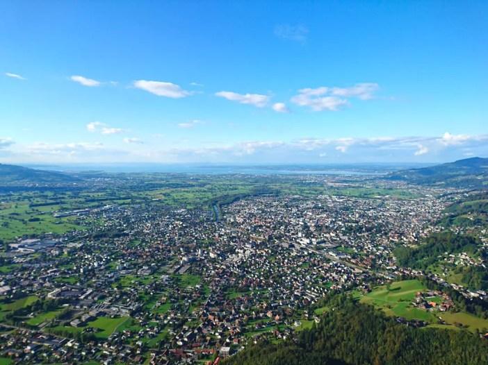 sehenswuerdigkeiten-dornbirn-reisetipps-vorarlberg-reisetipps-oesterreich-karren-ausblick-plattform