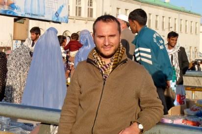 Kabul, mercato lungo il fiume