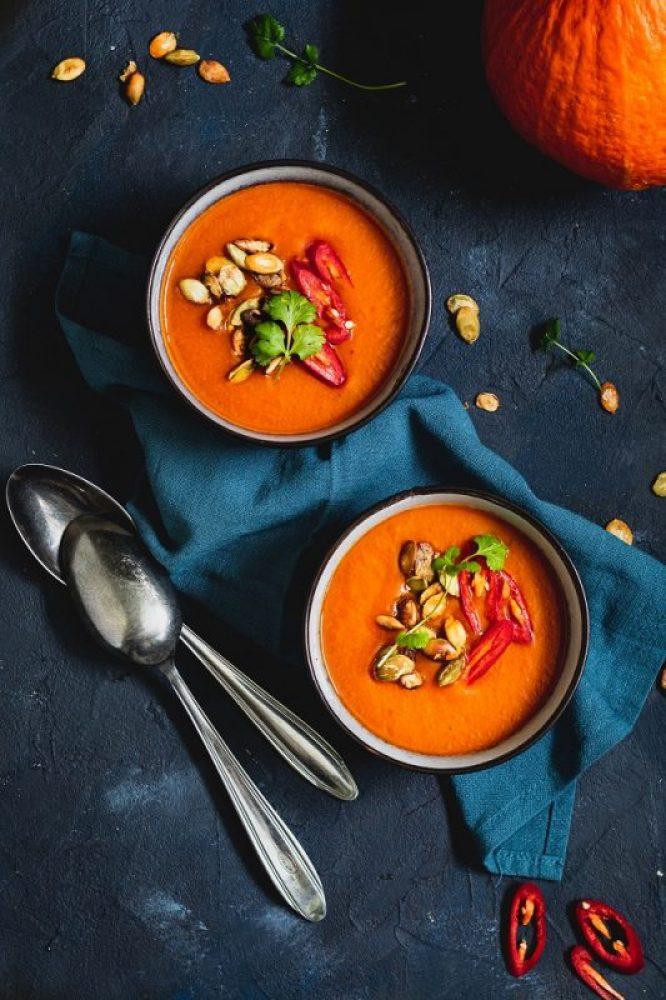 Zupa z dyni i papryki pieczonej