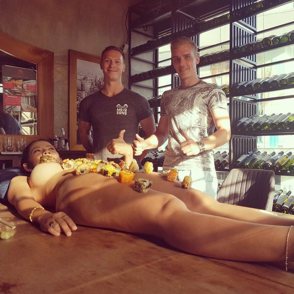 Yes, I Ate Sushi Off A Naked Womans Body In Bangkok-2251