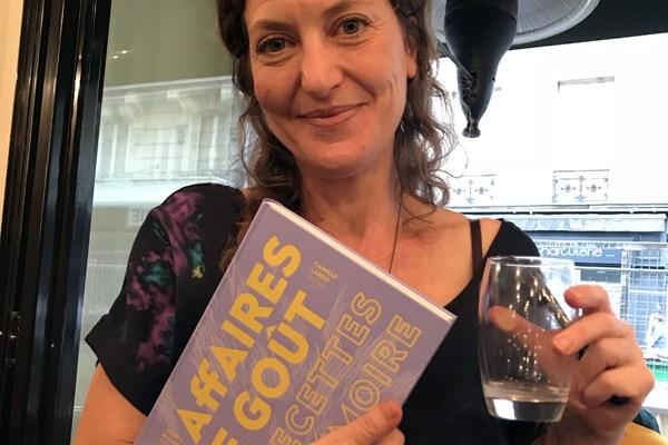 «Affaires de goût», un livre de cuisine émouvant