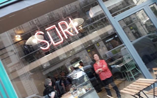 Sūri restaurant & deli dans l'émission Très Très Bon