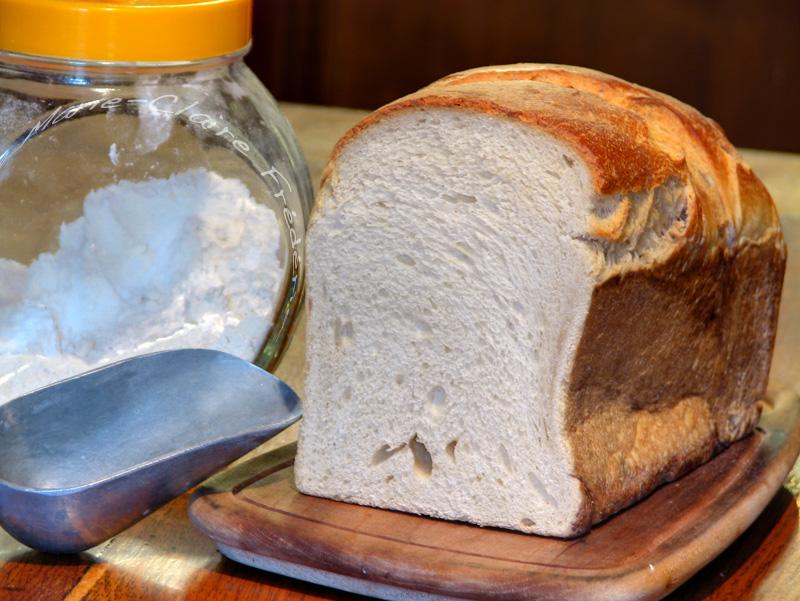 pain de mie ensemence au levain naturel
