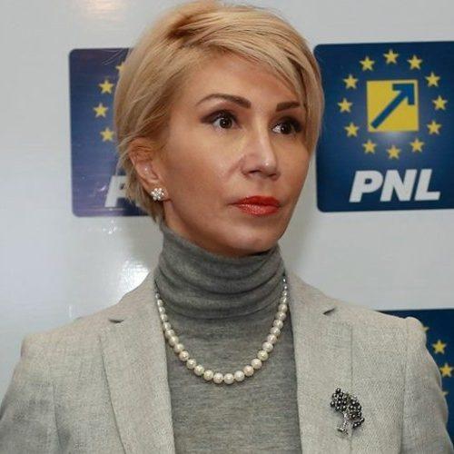 Cum se face Raluca Turcan de râs în urma Alegerilor Parlamentare 2016