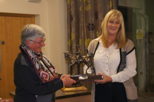 Carolyn presenting the Hails Vision Trophy to Fran on behalf of Courtney Stuart