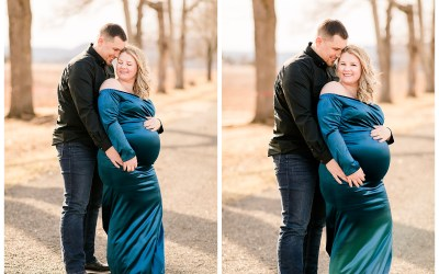 A warm winter maternity session