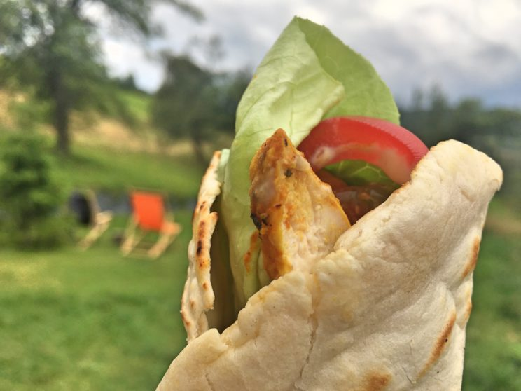Co można zeobić z resztek pieczonego kurczaka - tortilla