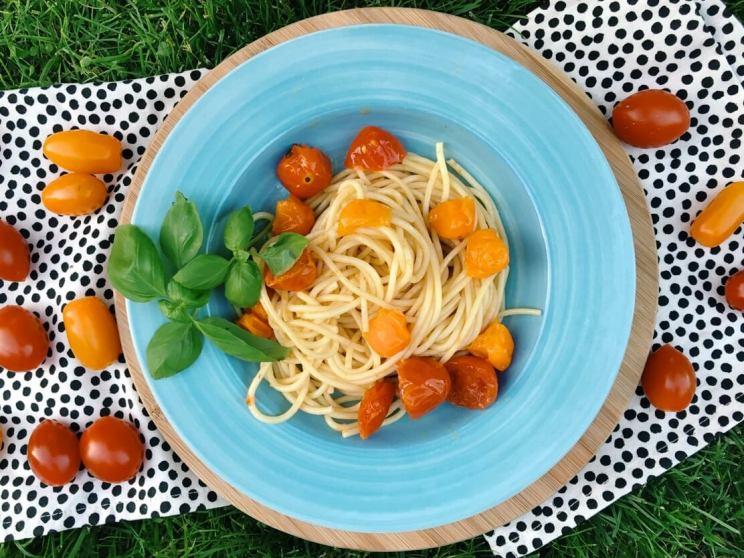 aglio olio e pomodoro