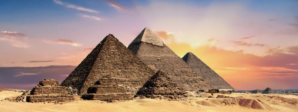Встретились Украинец и Днровец в Египте... 1