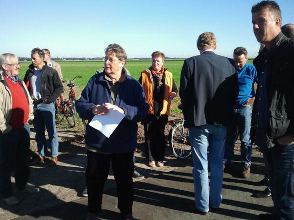 RT @TonSou: Opening proefvakken Valtherdijk @gemee…