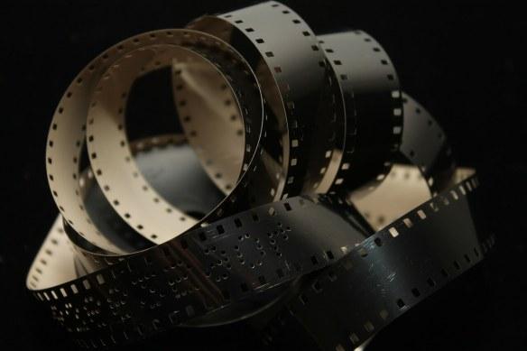 film-102681_1280