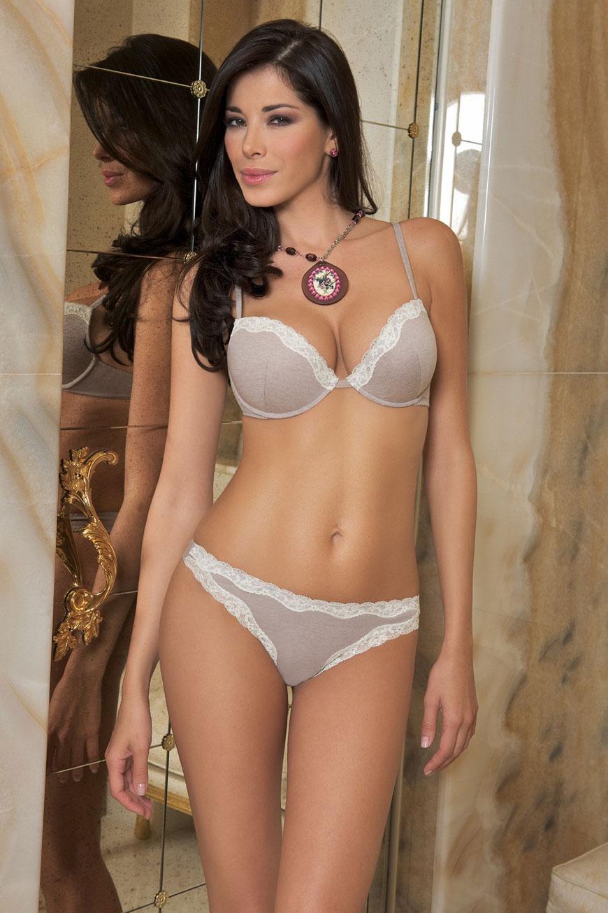 Aida Yespica  - SieLei Lingerie  (32)