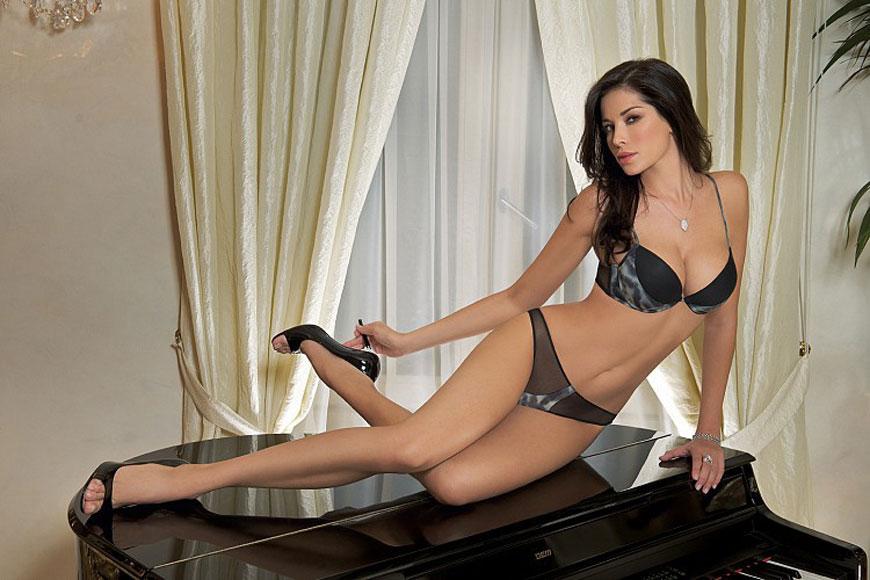 Aida Yespica  - SieLei Lingerie  (2)