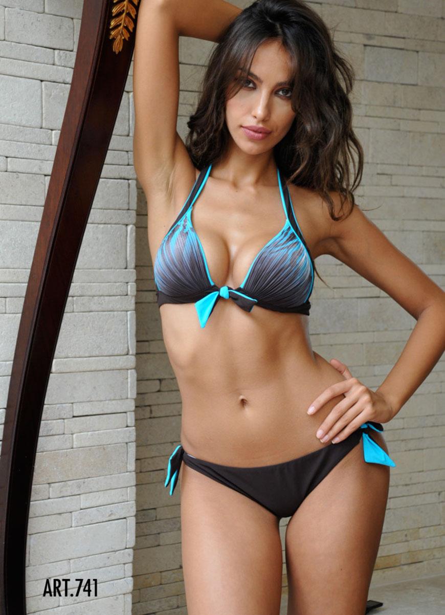 Madalina Diana Ghenea - bikini (19)