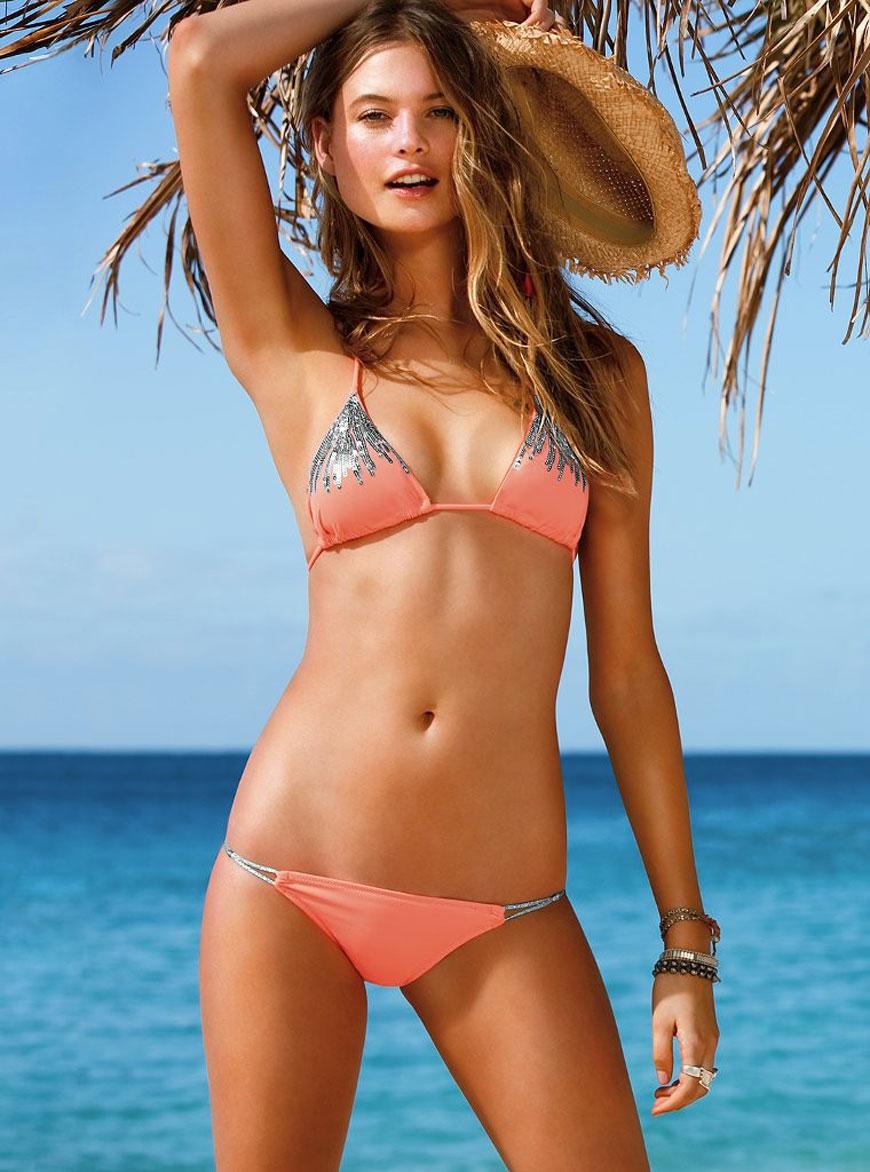 Behati Prinsloo - Victoria Secret Bikini (2)