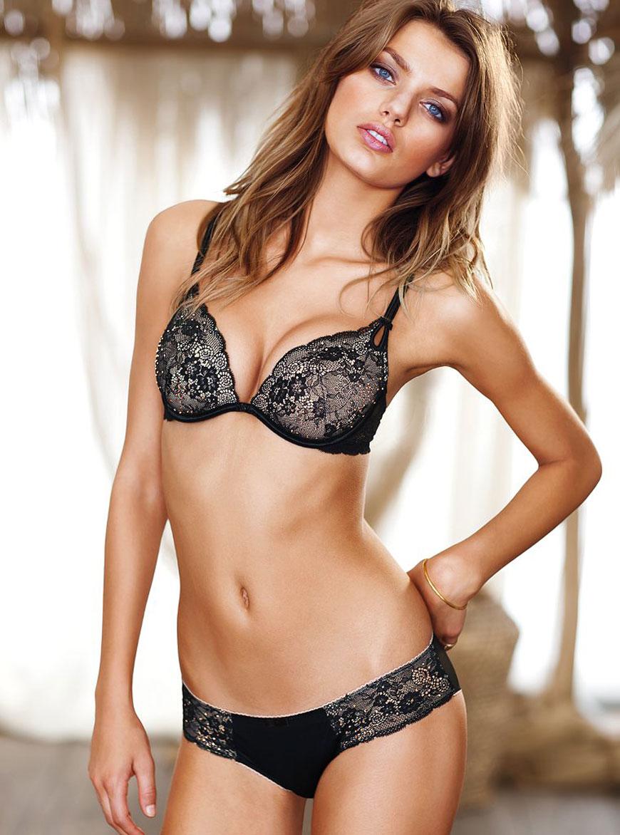 Bregje Heinen in lingerie (6)