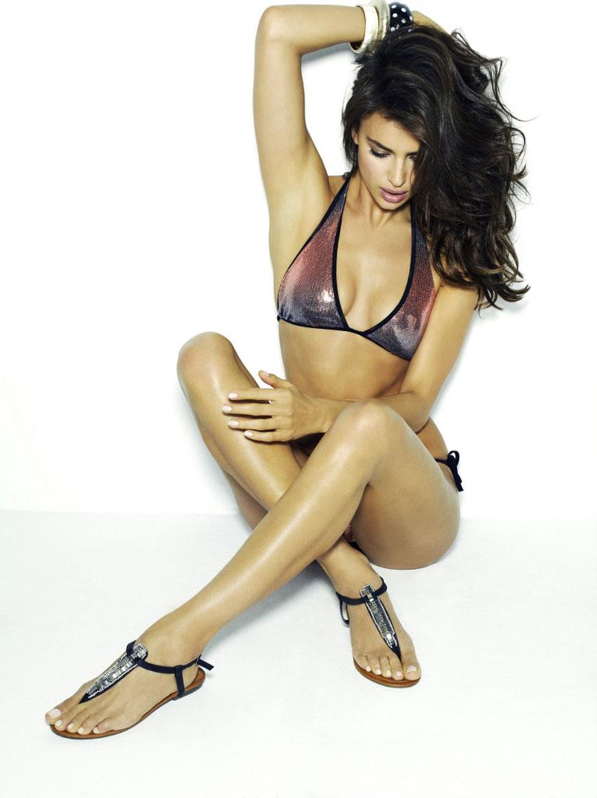 Irina Shayk sexy in bikini (6)