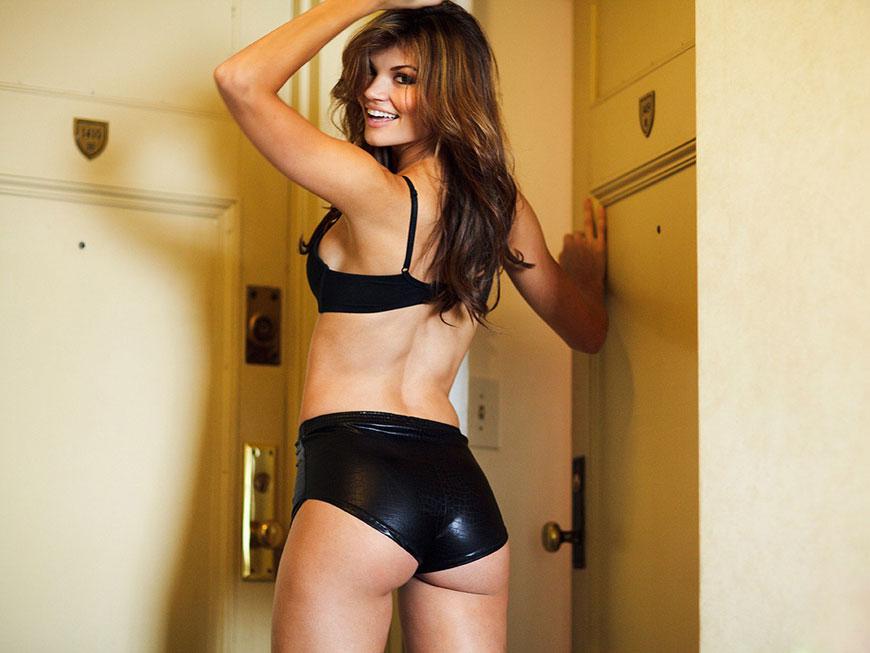 "Jessica Rafalowski - Esquire's ""Me In My Place"" (14)"
