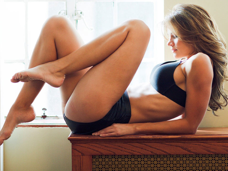 "Jessica Rafalowski - Esquire's ""Me In My Place"" (8)"