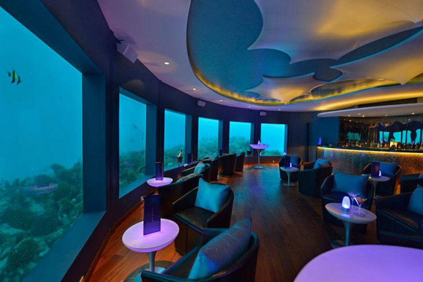 's Werelds eerste onderwater bar (7)