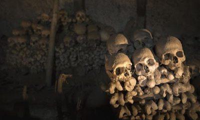 Ontzielde lichamen in catacomben van Parijs