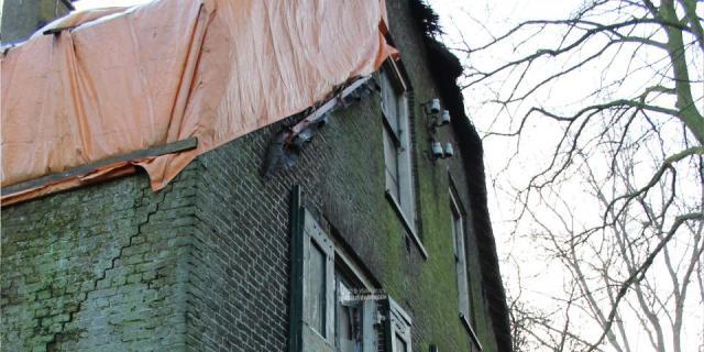 D66 Zuidplas zit wethouder achter broek aan over Geertruidahoeve, de vervallen boerderij net buiten Nesselande