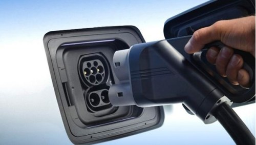 bmw-i3-fast-charge-port-1