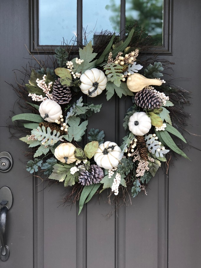 How to Decorate With White Pumpkins- white pumpkin wreath