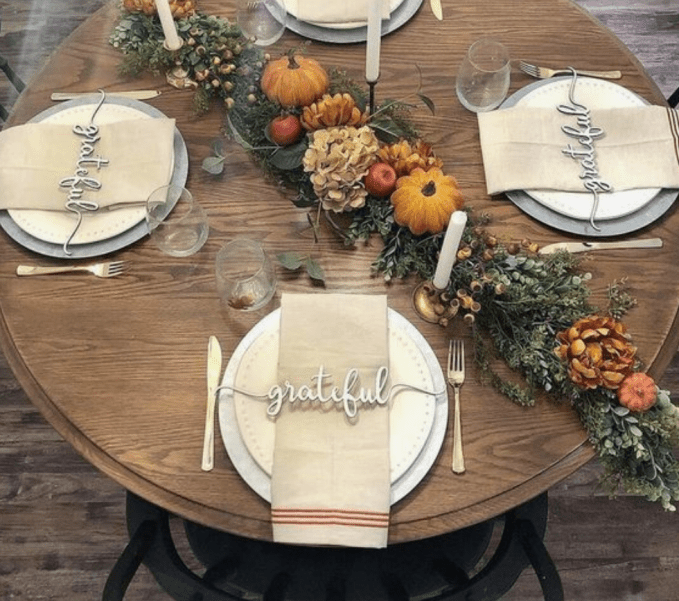 This shows a small table with a very simple place setting.  All you need for your Thanksgiving meal