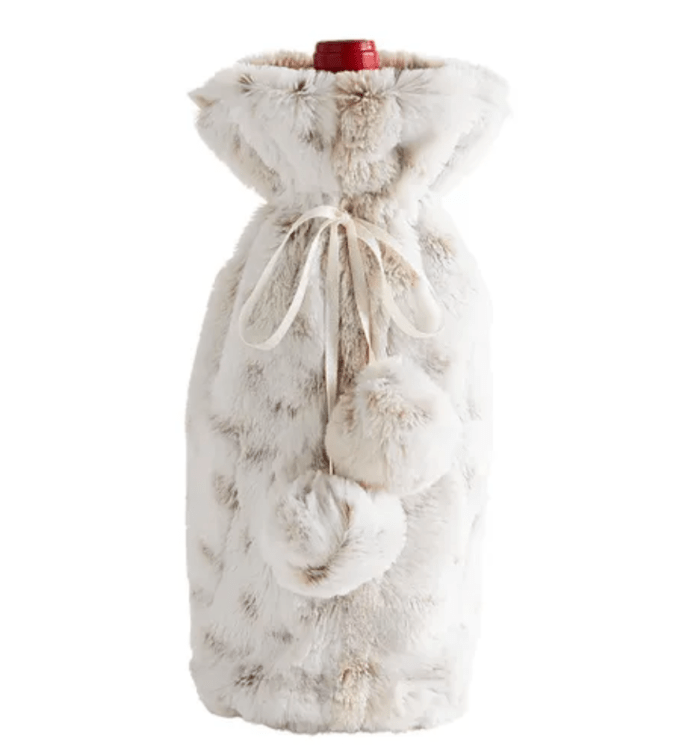 Unique wine bottle bag in faux fur from Pier One