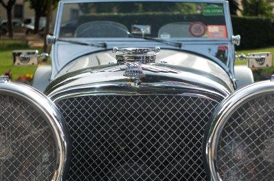 Jaguar SS front detail
