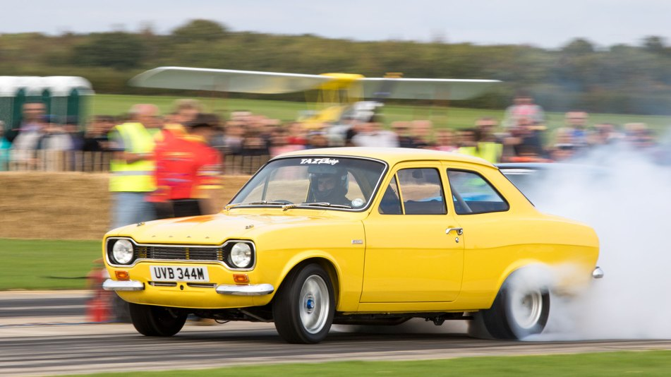 Ford Escort burnout, Sywell Classic