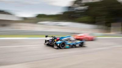 LMP3 chases a Ferrari, Circuito Estoril