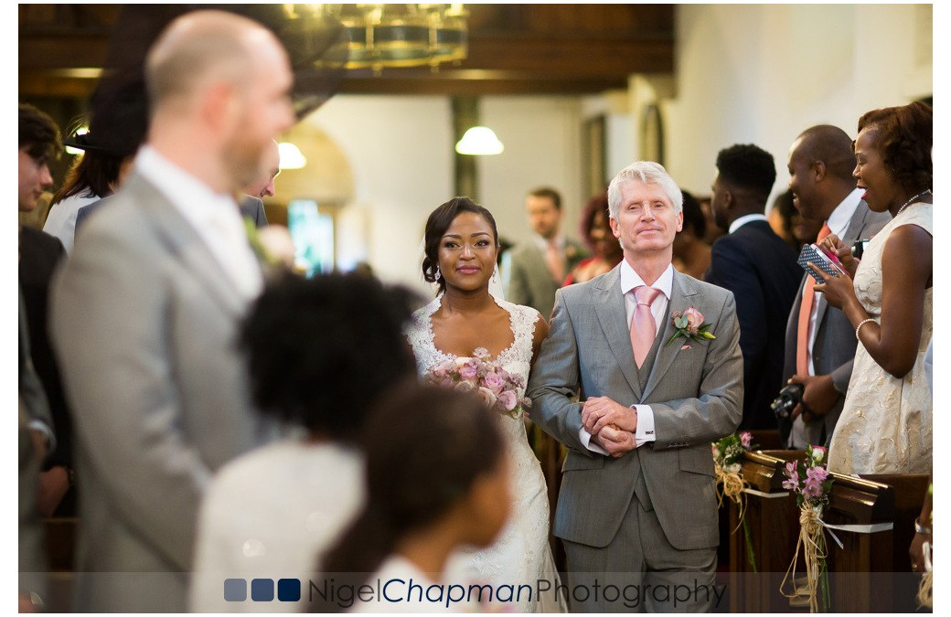 Berkshire Wedding Photography At St Mary's Church & Olde Bell Hurley – Michelle & Ben 07 November 2015