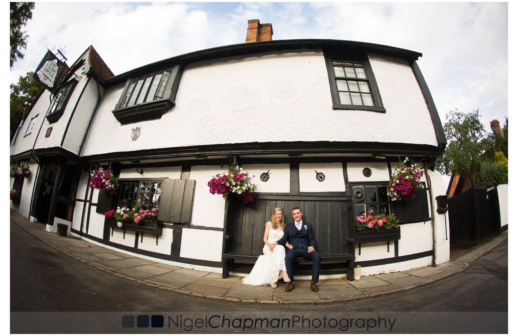 Berkshire Wedding Photography At Olde Bell Hurley – Victoria & Steven 25 June 2016
