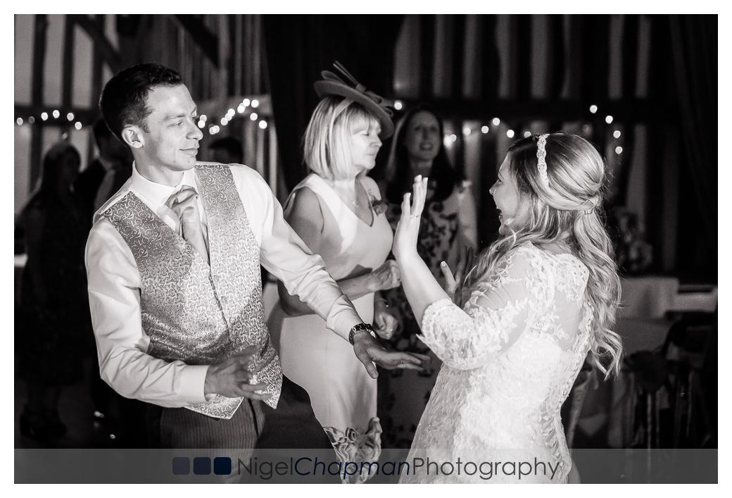 amy_jon_olde_bell_wedding_photography-126