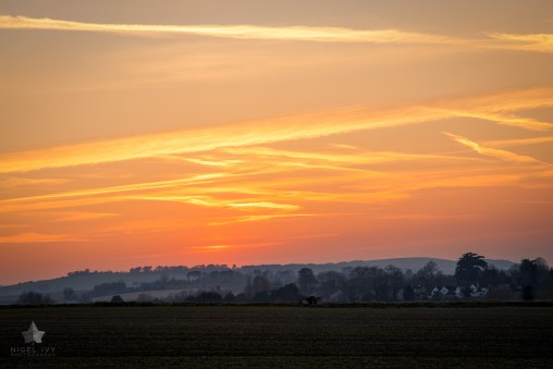Rolling hills and vibrant sunsets. One of the amazing sunsets we had last week in Oxfordshire, England.