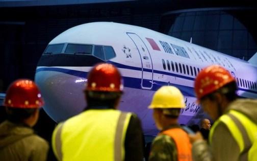 Boeing faults simulator, regrets ex-pilot's 737 MAX messages