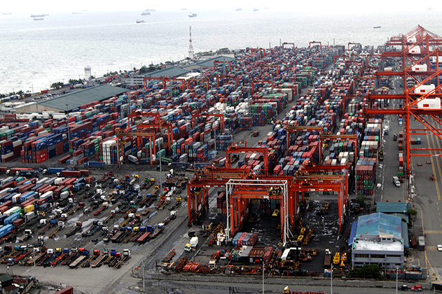 Congestion looms at Lagos ports  — as  terminal operators resort to container stacking for lack of space