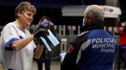 Spain eases lockdown