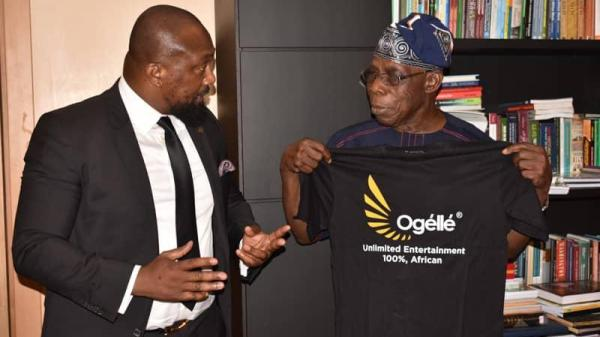 Barr Oparaugo and Obasanjo Discuss about the Impact of Ogelle to African Youths