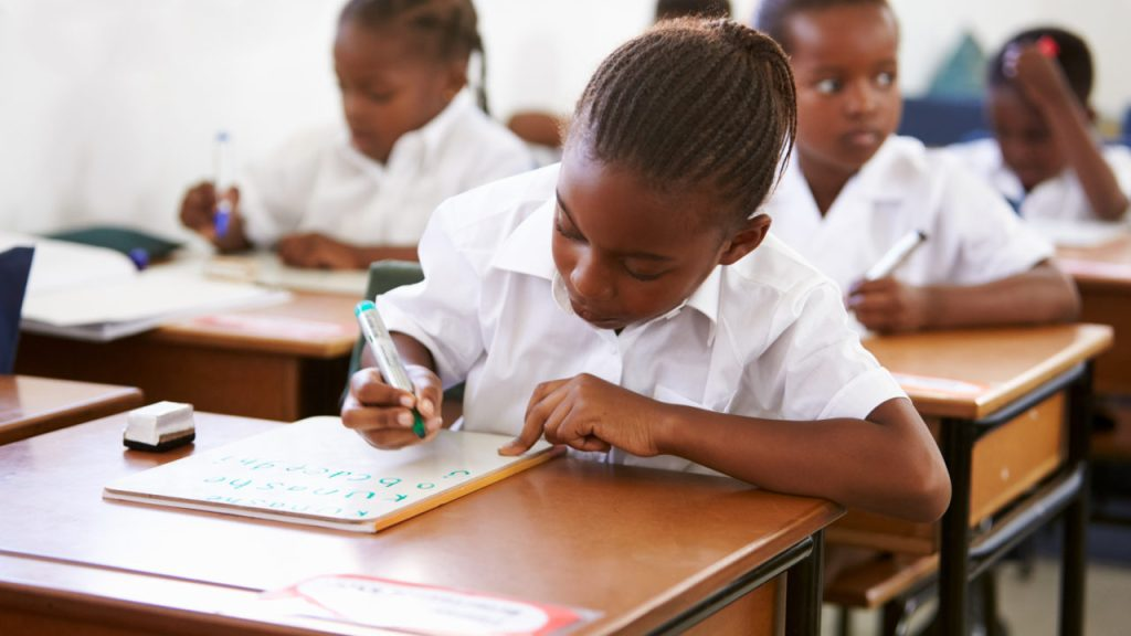 www.nigerianeyenewspaper.com_Saturday-the-new-Monday-South-east-schools-now-holds-class-on-weekends
