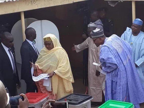 President Buhari and Aisha casting their votes in the ongoing 2019 General election in Nigeria